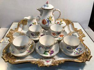 Meissen gilded 16-piece floral tea set for 5 full set